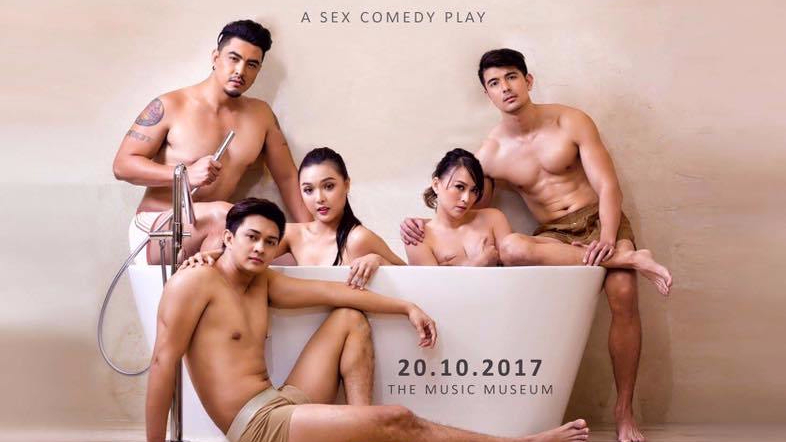 "5 Reasons why you should watch this sexy- comedy play, ""Solo Para Adultos"""