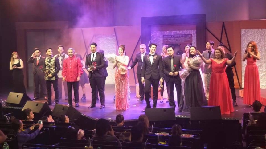 "Sexy-comedy play na ""Solo Para Adultos"", Successful ang Grand Premiere!"