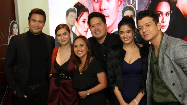 The cast and directors of Halik