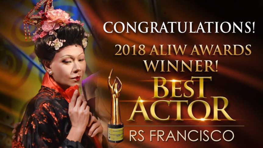 RS Francisco winning Best Actor in the 2018 Aliw Awards