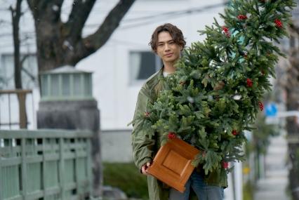Hiroomi Tosaka as Yusuke in SNOW FLOWER