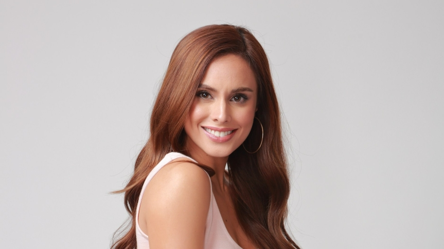 Max Collins admits she's not ready to be a motheryet