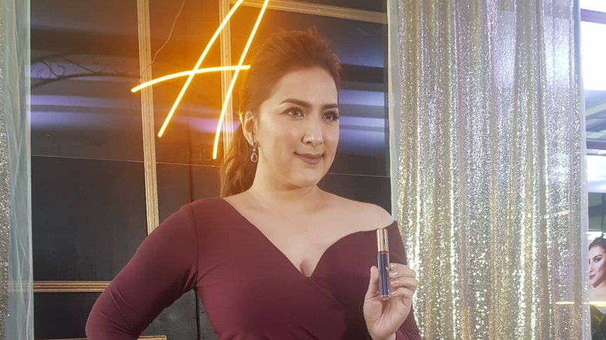 Ara Mina launches her make-up line, 'Ara Colours'