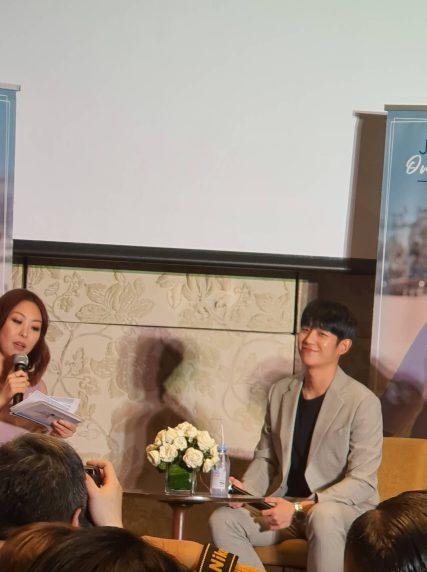 Jung Hae-in (1)