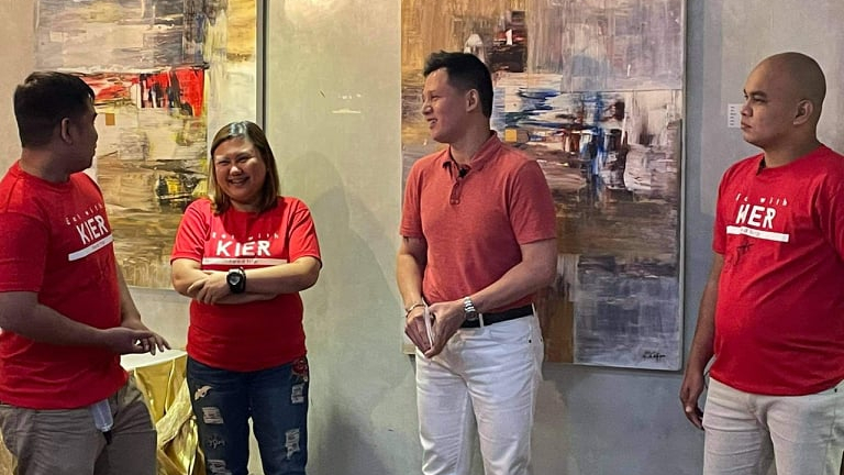 KIER LEGASPI GIVES SPECIAL TREAT TO HISSUBSCRIBERS